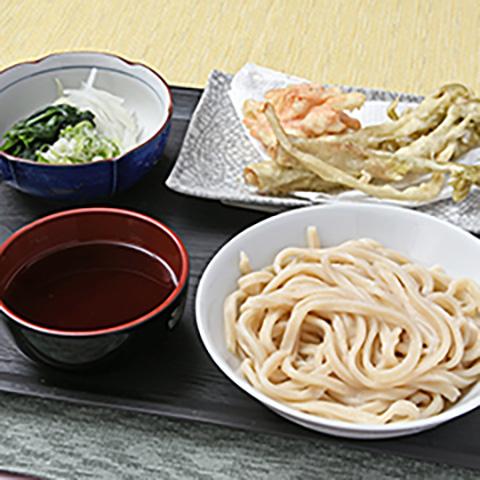 参百圓食堂 日吉小町